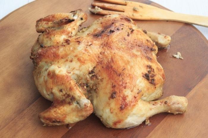 Внимавајте: Немојте да го миете пилешкото месо пред готвење!
