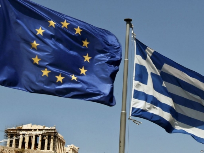 Анкета: Грците сметаат дека мигрантите се закана за земјата на повеќе нивоа