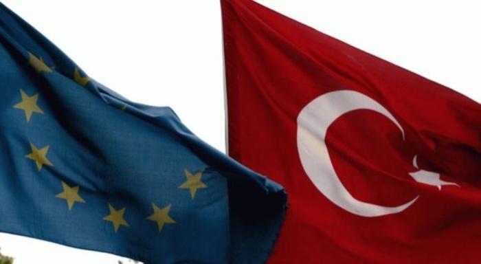 ЕУ и дава на Турција три милијарди евра за мигрантите