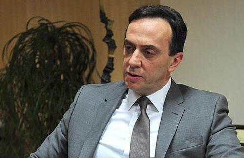 Мијалков  Се откажувам од дипломатскиот пасош  продолжувам да се борам за Македонија