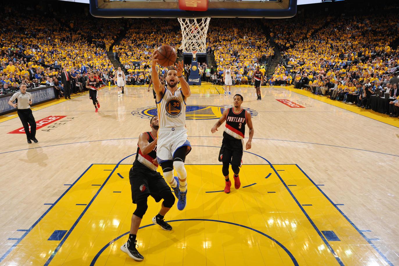 НБА плеј оф  Голден Стејт  Хјустон и Вашингтон поведоа со 2 0