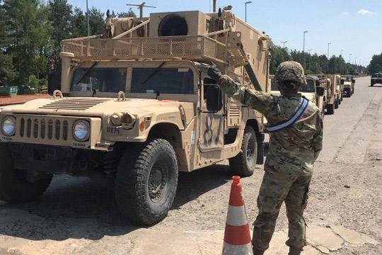 trojca-amerikanski-vojnici-povredeni-vo-soobrakajna-nesreka-na-konvoj-vozila-na-nato-vo-romanija