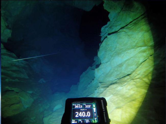 Старнавски се спушти во пештерата  Врело  на Матка на длабочина од рекордни 240 метри