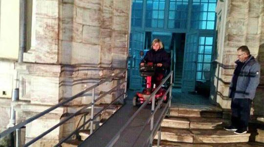 Пристапни рампи за лицата со хендикеп во културните објекти во Ресен