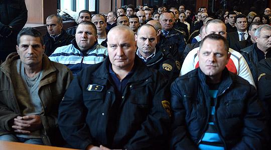 Судење за Диво Насеље  Сами Укшини сведочеше дека му бил вршен притисок да дејствува за спроведување на Охридскиот договор