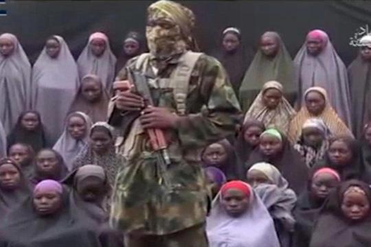 Хуманитарни организации злоупотребуваат средства наменети за бегалци  тврди нигериски гувернер