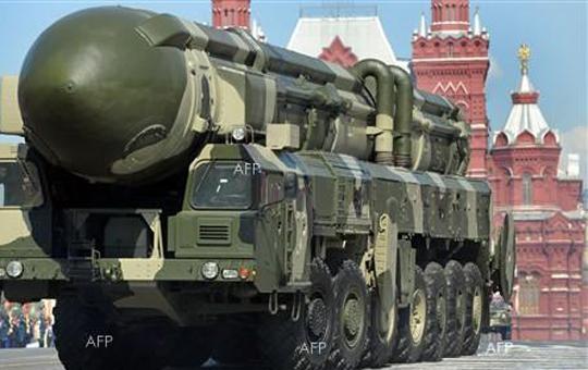 rusija-uspeshno-testirashe-balistichka-raketa-topol-m