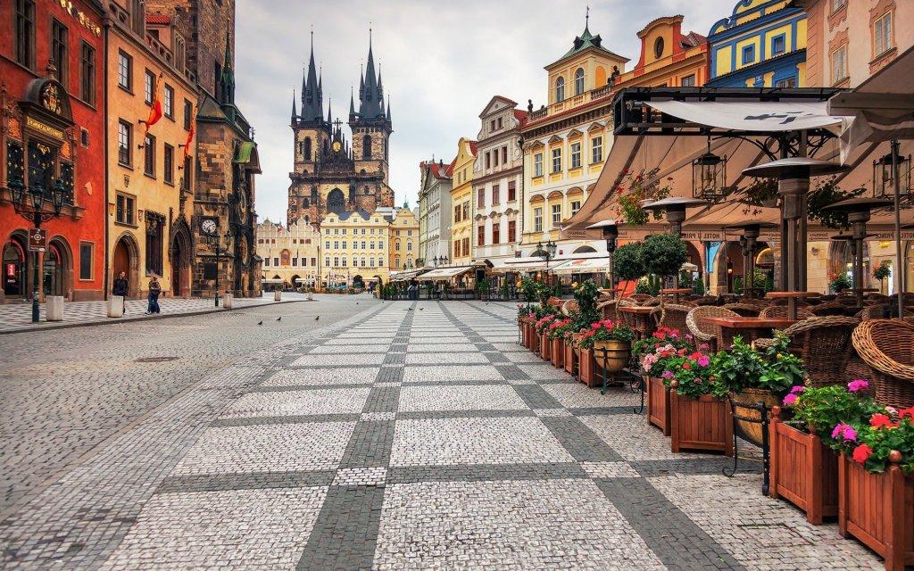 Бектеши на инвестициски форум  Кина Централна и Источна Европа  во Прага