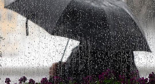 Денеска облачно и свежо време со пороен дожд