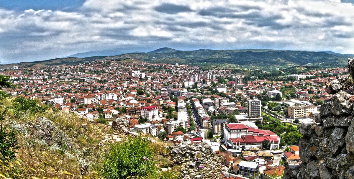Разрешени медицинскиот директор во КБ Штип и економскиот директор во КБ Тетово