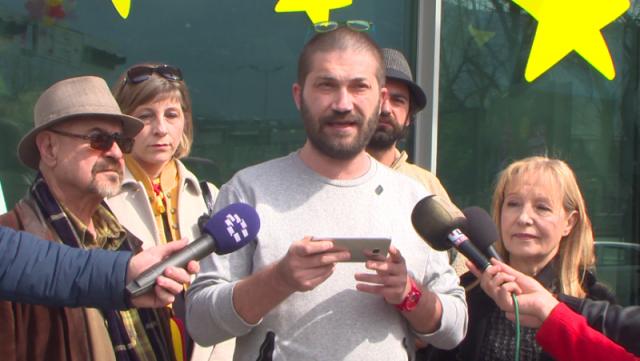 Дурловски  Европската унија засега покажува игнорантски однос кон нас  но и кон граѓаните на Македонија Бараме средба со Хан