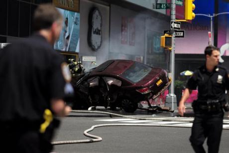 Возачот кој вчера прегази пешаци обвинет за убиство