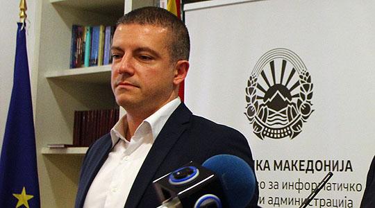 Владата нема да иницира регулирање на порталите
