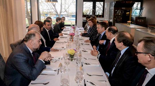 Средби на Заев во Белград со нерезидентните амбасадори и со Шутановац