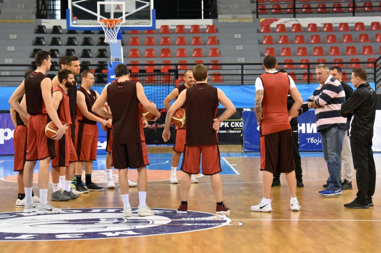 Македонските кошаркари против Словачка ги започнуваат квалификациите за ЕП 2021