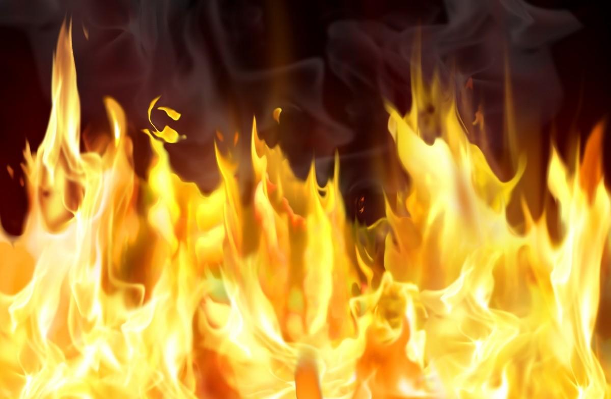 Трагедија во струшко  Тригодишно девојче настрада во пожар во семејната куќа  почина на пат кон скопските клиники