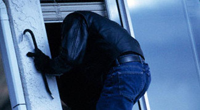 Стружанец ограбен на празникот 11  Октомври   остана без пари и злато