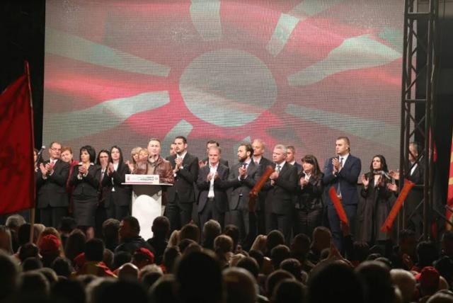 Груевски  Се додека постоиме ќе работиме за подобра сегашност и иднина  за подобро утре и напредок