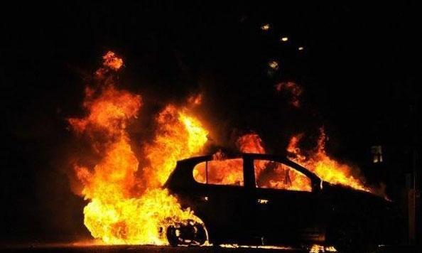 izgore-avtomobil-vo-bitola-prichinite-nepoznati