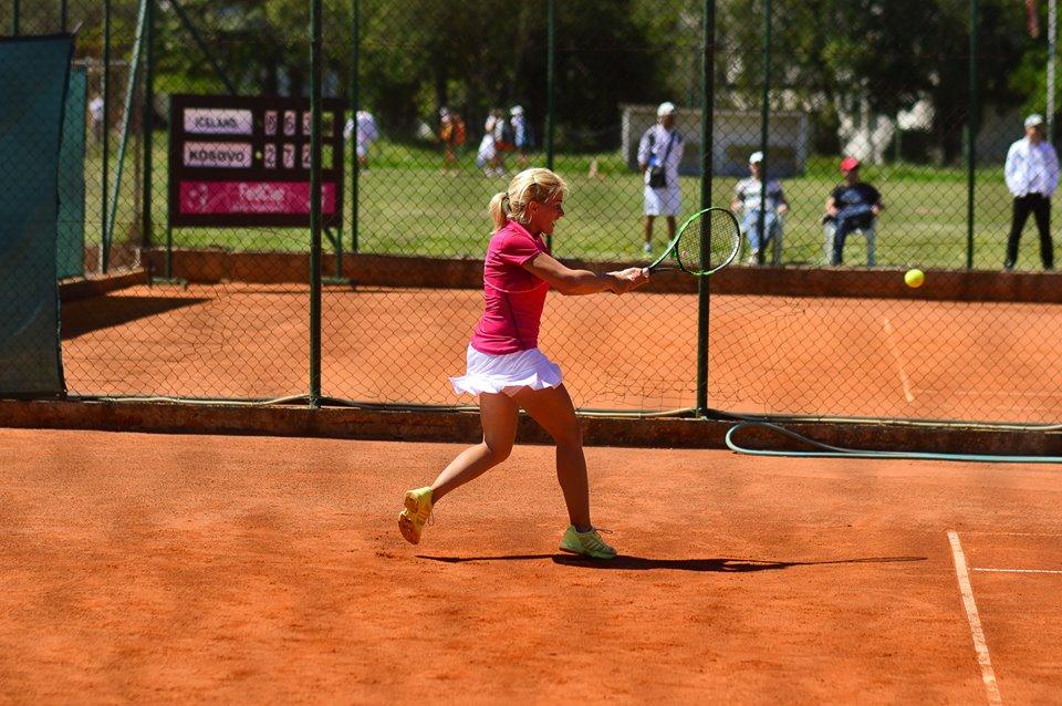 Стоилковска влезе на главниот турнир