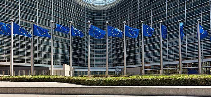 РСЕ  Извештај на ЕК предупредува за криминал и корупција на Западен Балкан