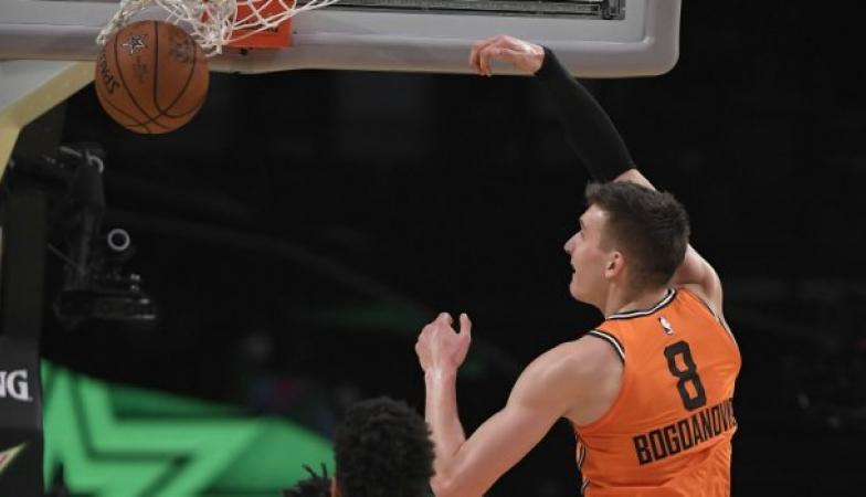 НБА Американците поразени од светската селекција