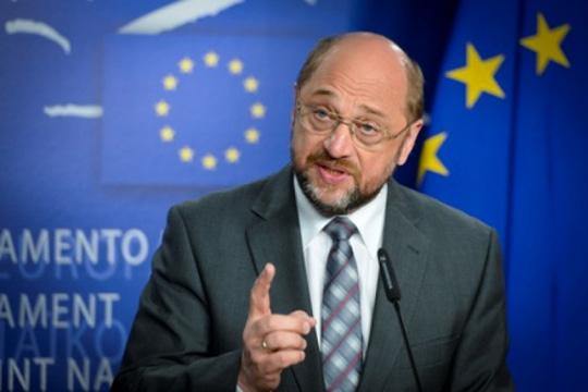 Шулц вели дека со Меркел договориле формирање на европско Министерство за финансии