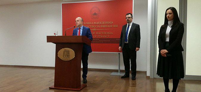 Тевдовски  Еврообврзницата е за враќање на стари долгови