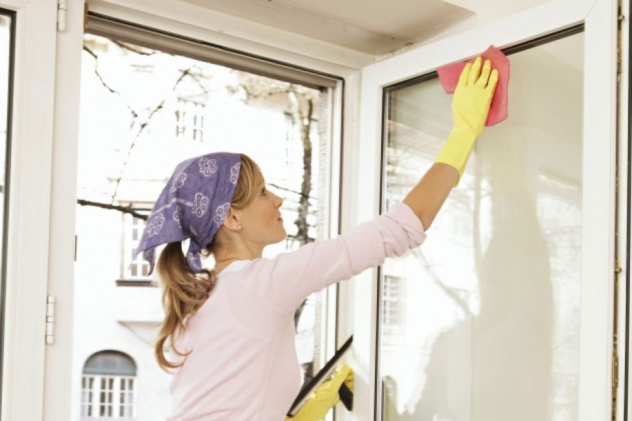 10 Window Cleaning Tips for Apartment Dwellers | HowStuffWorks