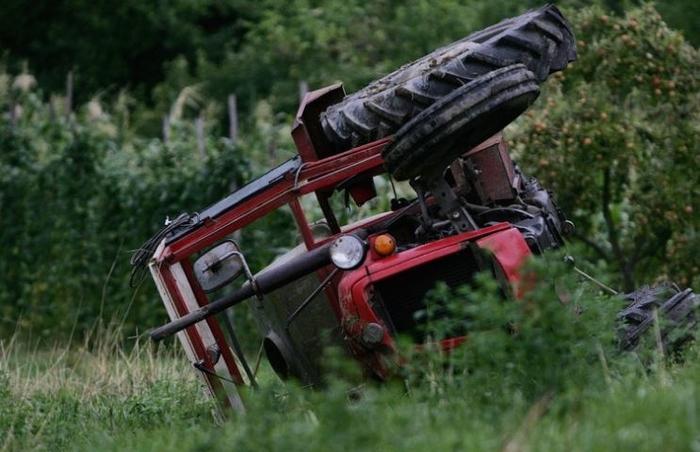 МВР со официјално соопштение за несреќата со трактор на Галичица: Настрада 28-годишниот П.Р. од Охрид