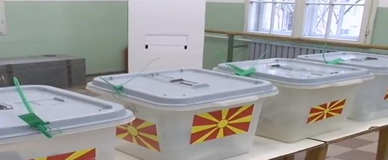 Албанските партии обединети на идните локални  македонските поделени околу националните интереси