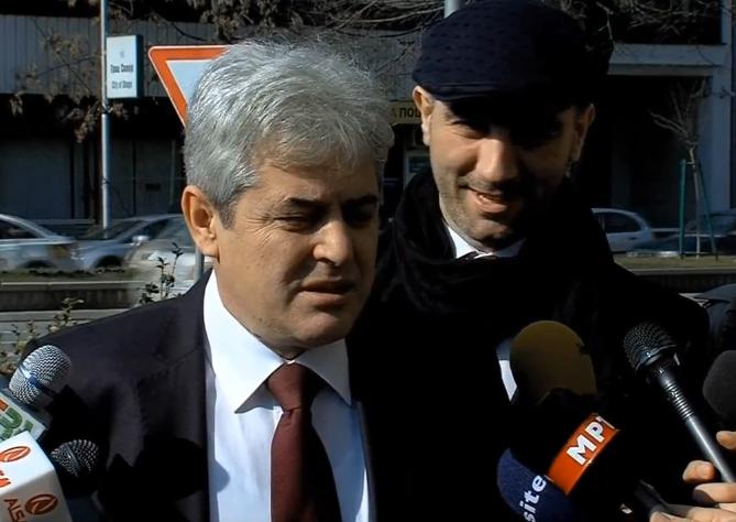 По средбата со коалиционите партнери Груевски го свика Извршниот комитет на ВМРО ДПМНЕ  Ахмети порачува дека Влада ќе формираат победниците на изборите