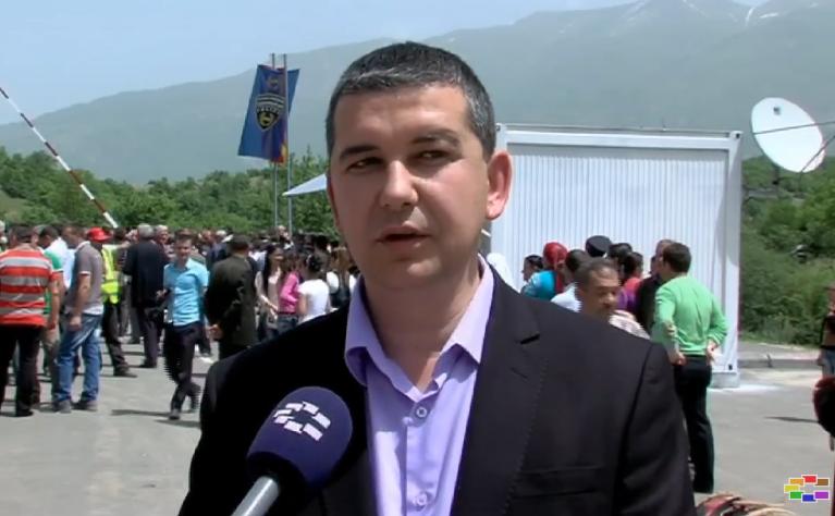 Македонците во Албанија со остра реакција до Бушати