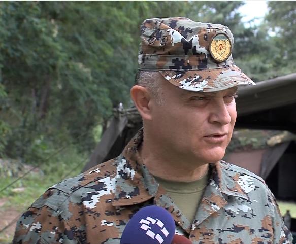 Иванов следеше показна вежба на армијата