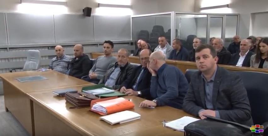 Судењето за  Монструм  повторно одложено   бурна реакција на роднините на убиените момчиња