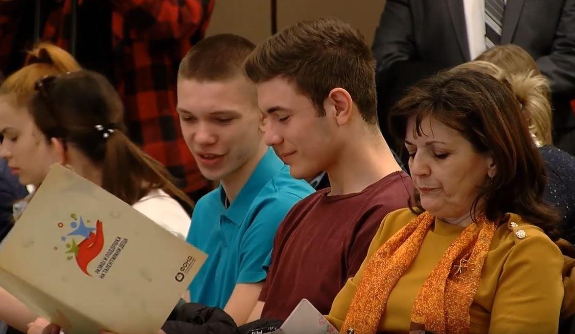 Талентираните деца уште од средно училиште размислуваат да си одат од земјава