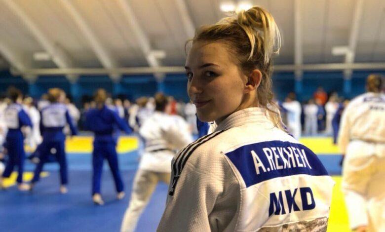 Џудистката Арбреша Реџепи е осмиот македонскиот спортист на ЛОИ во Токио